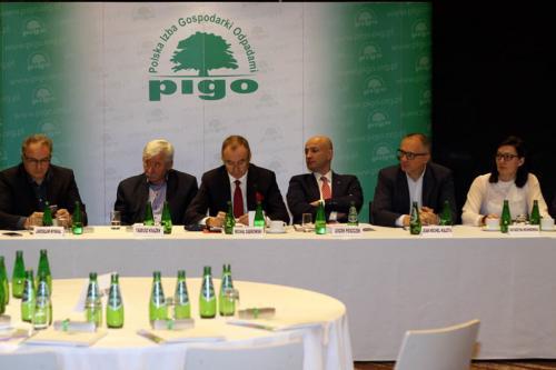 Posiedzenie walnego zgromadzenia PIGO podsumowującego 2016 rok